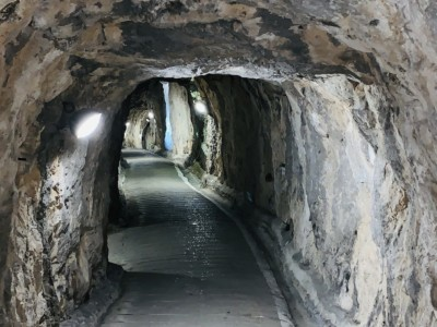 A picture of a tunnel inside of the Great Siege Tunnels in Gibraltar