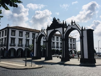 The Portas de Cidade - an old city gate in the centre of Ponta Delgada: visit this on day 1 of your Sao Miguel itinerary