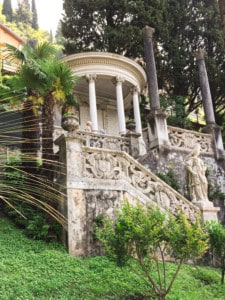 A picture of one of the ornate structures in Villa Monastero